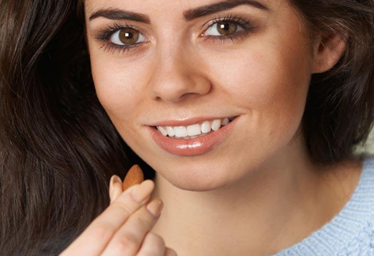 بادام زمینی برای داشتن پوستی شفاف